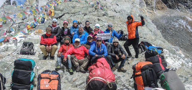 Wegsicherung am Cho-La-Pass 5420 m im Everest Gebiet